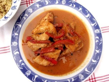 popotte entre potes poulet au curry rouge et au lait de coco. Black Bedroom Furniture Sets. Home Design Ideas