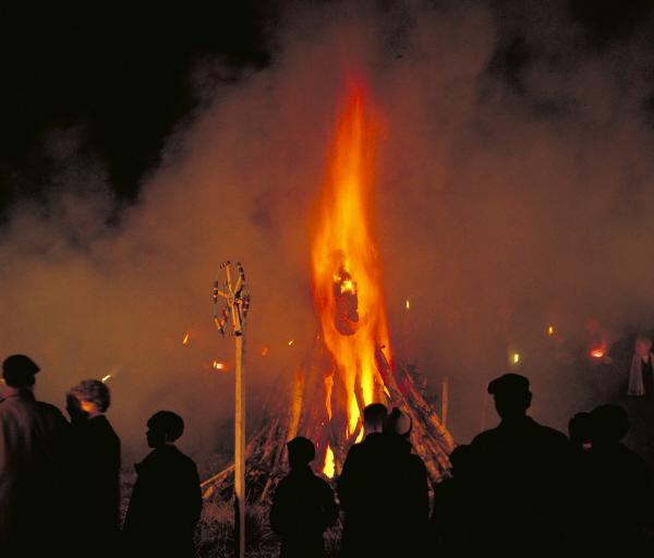 bonfirenight.jpg